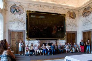 Prohlídka interiérù Náchodského zámku.