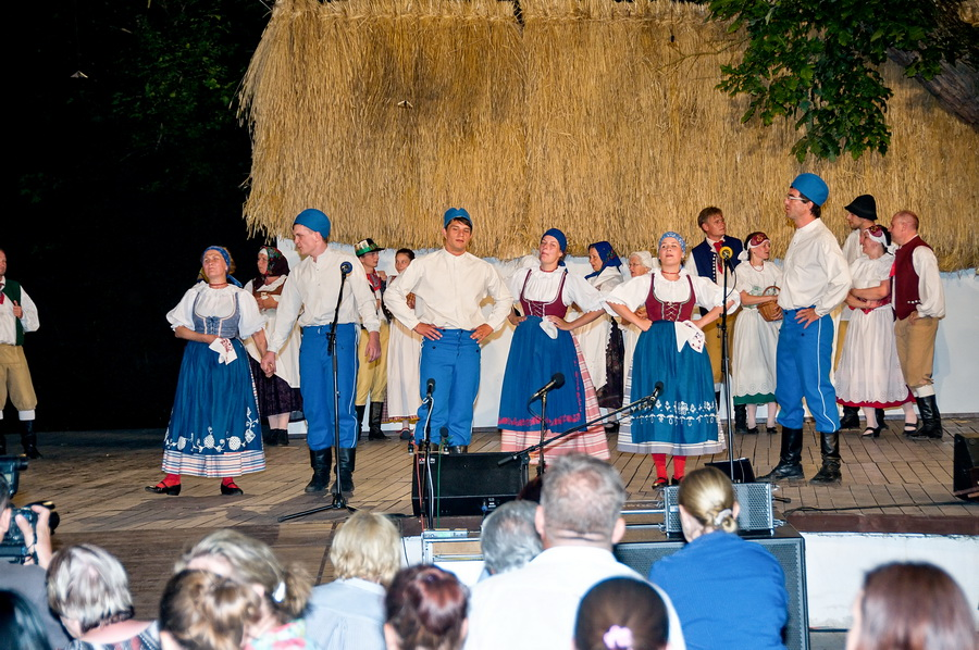 Vystoupení Barunky na festivalu ve Strážnici.